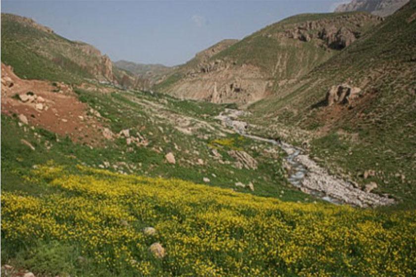 طبیعت گردی در اطراف تهران