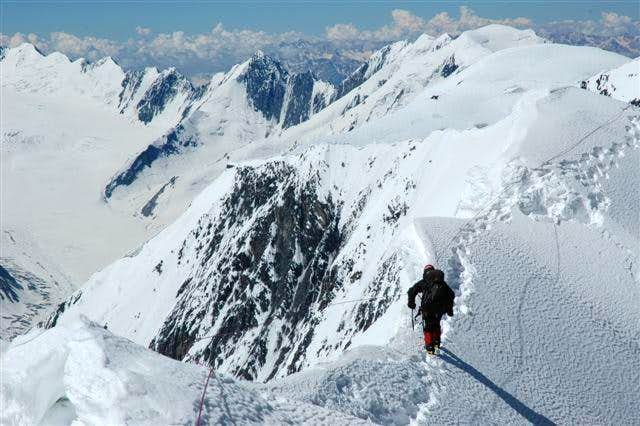 نوشاخ - کوهنوردی