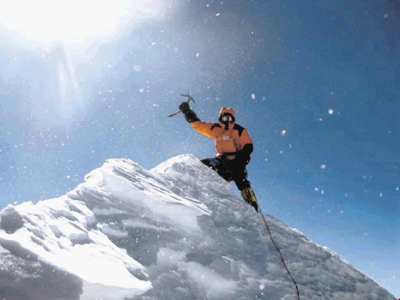 زمستانی ماکالو - کوهنوردی