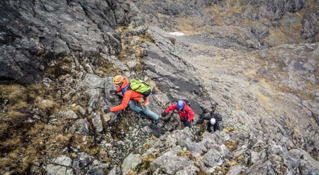 تکنیک دست به سنگ در کوهنوردی