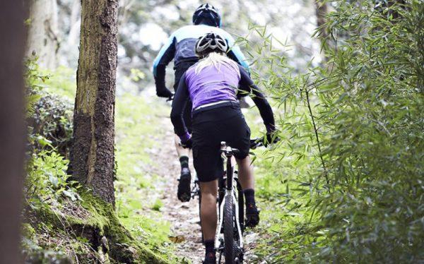 ویژگی های برنامه تمرینی ورزش های کوهستانی و فضای باز > مناسب کوهنوردی، سنگنوردی، اسکی، اسکای رانینگ، دویدن... > ارزیابی اولیه > هدف گذاری تخصصی > برنامه ریزی ترکیبی تمرینات هوای باز و باشگاهی > مشاوره تغذیه و تناسب اندام > مشاوره خرید تجهیزات تمرینی > آموزش و رفع اشکال > پشتیانی در طول انجام برنامه به صورت آنلاین