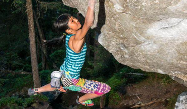 کوهپیمایی ، سنگنوردی و کوهنوردی با کودکان می توان لذت بخش و هیجان انگیز باشد. اما گاها خسته کننده نیز هست و البته توجهات خاص خود را لازم دارد.