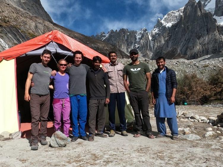 آلپینیست های امریکایی، پریتی و جف رایت اولین صعود کی6 مرکزی(7155 متر) را در قراقوروم پاکستان در 9 اکتبر 2020، یک روز پس از سومین صعود کی6 غربی(7140 متر) به انجام رساندند.