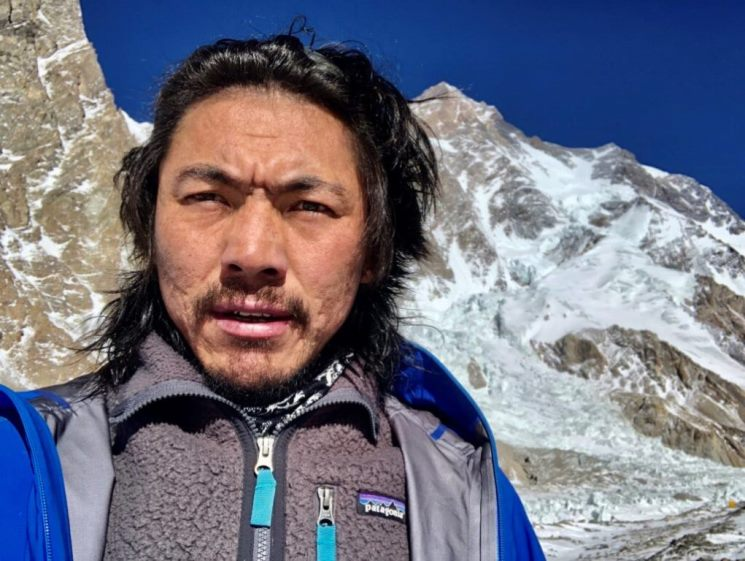 از همان ابتدا، گفته ام که این سفر برای افتخار یک ملت، برای جامعه کوهنوردی نپال، و برای نسل آینده کوهنوردان نپالی خواهد بود.