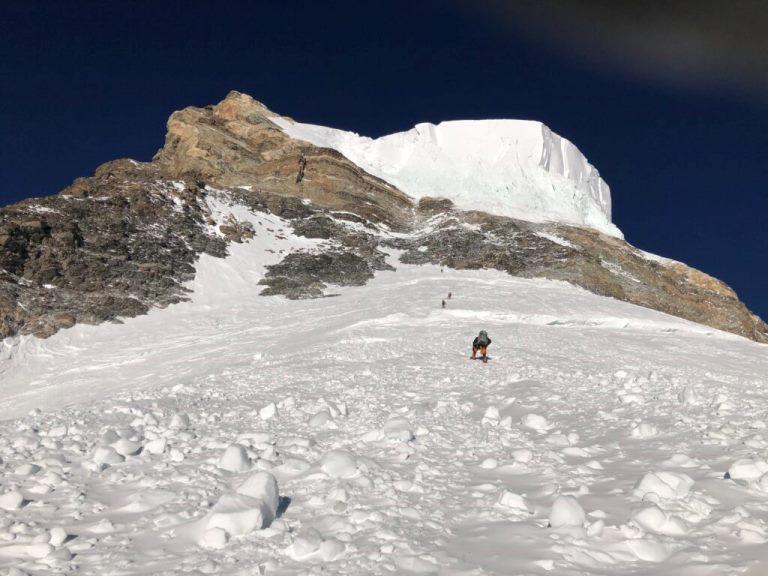 گزارش اولین صعود زمستانی کی2