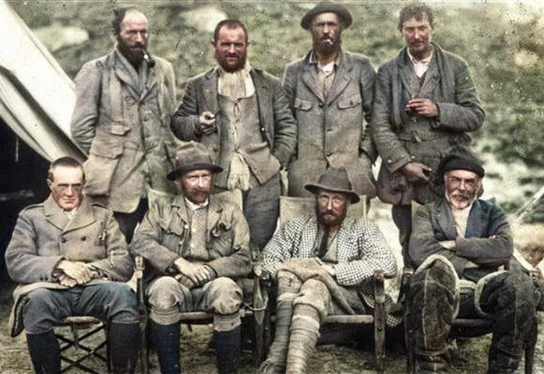 تکامل تجهیزات کوهنوردی