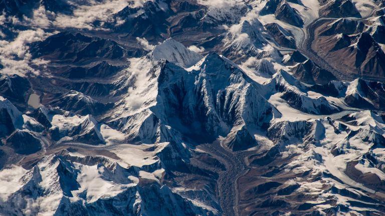 عکس اورست از فضا