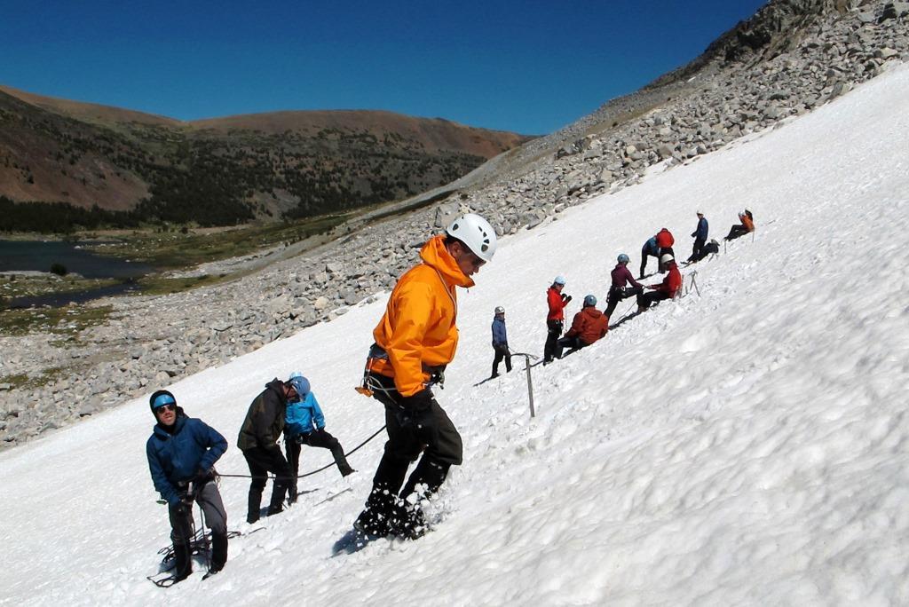 آموزش مهارتهای کوهنوردی