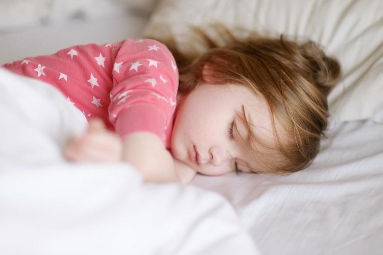خواب کافی برای کودکان