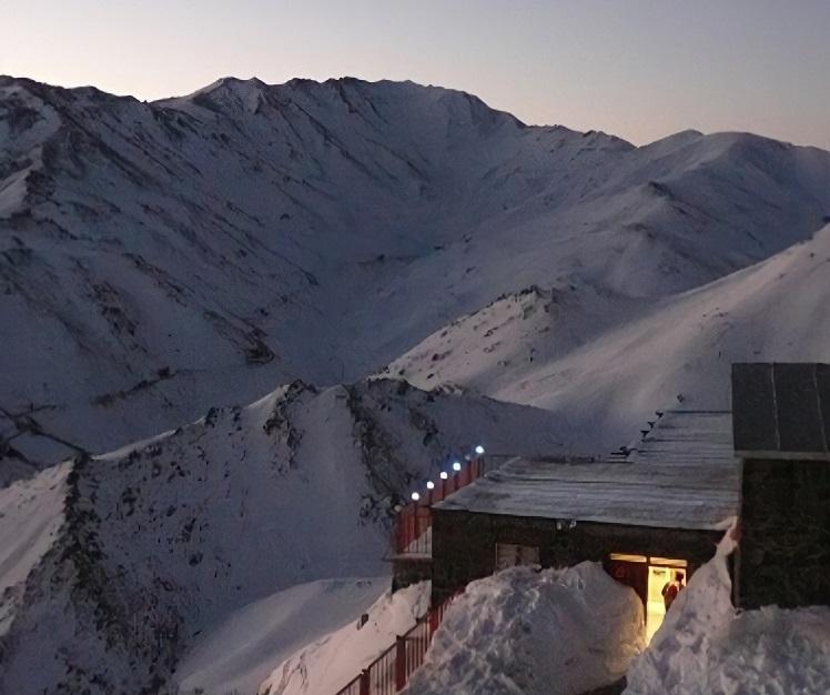 قله تاریک دره - کوهنوردی در همدان